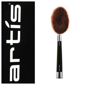 $80 Artis Fluenta Oval 8 Brush